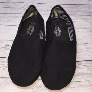 CHARLES ALBERT Canvas Slip On Flat Shoes